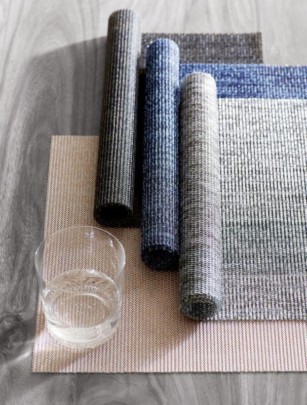 set of 8 net navy blue placemats