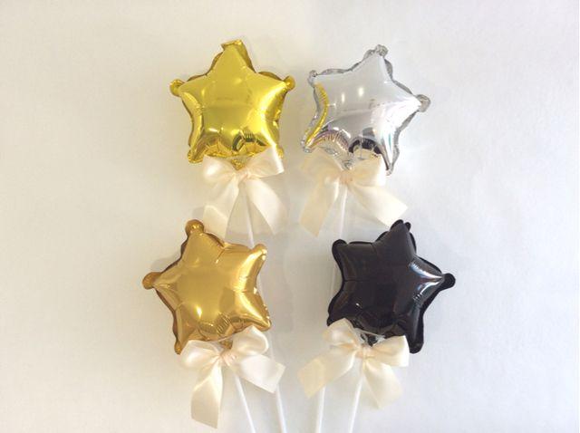※こちらは一本あたりの価格でございます※スティック付きの星バルーン(手に持つタイプの風船)です。お誕生日、記念日、結婚式の装飾や、フォトプロップスとして、様々なシーンでの撮影にお使いいただけます☆膨らませた状態でお届けしますので、付属のスティックをバルー...