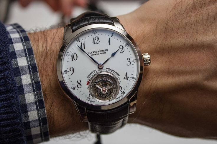 Baselworld 2015: Hands-on with the Ulysse Nardin Anchor Tourbillon watch packing an impressive amount of technology into a classic design.