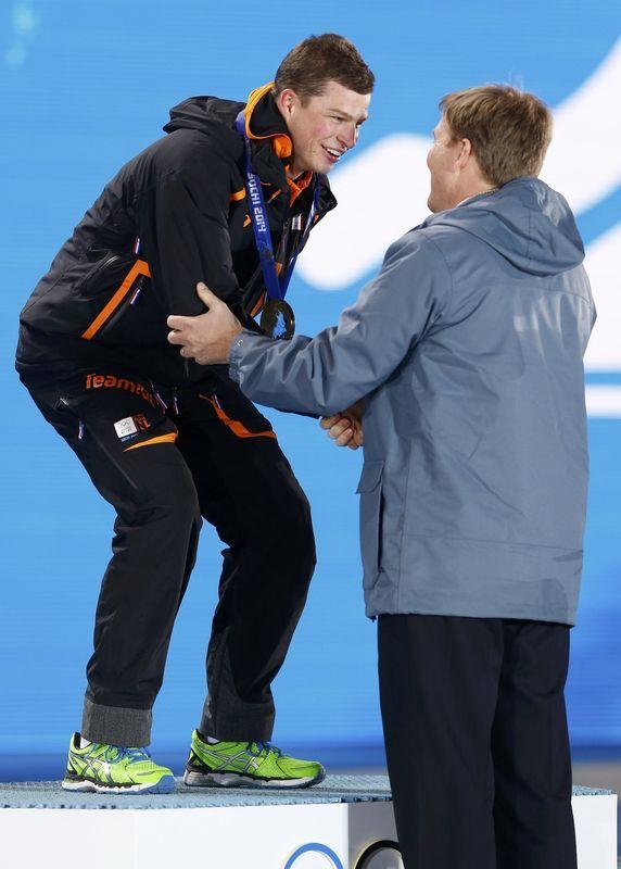 King willem alexander holland and sven kramer gold medal for Alexander holland