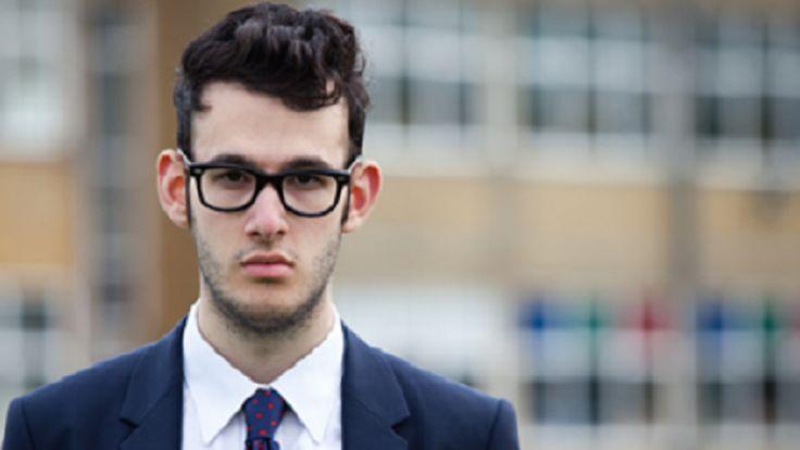 "'Teachers need to step up: they can help to fight the Donald Trump and Brexit reactionary revolution' - says Oliver Beach (look-a-like of the American named Edward ""weasel-blower"" Snowden)  #Yhdysvallat #Lententecordiale #ententecordiale #Lontoo #Washington #NSA #ScotlandYard #MI6 #SIS #Brexit #Trump #FHM #Snakehips #ToySoldiers #NavySeals #VHS #CharlieSheen #MichaelBiehn #RobertPatrick #T1000 $SciFI #elokuvat #JaneBirkin #CharlotteGainsbourg #Otsatukka #YanisVaroufakis #Yunanistan #Yunanca…"