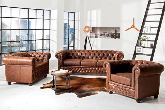 Pin Von Gudni Freyr Auf Seiten Home Design Brown Chesterfield Sofa Haus Deko Hausmobel