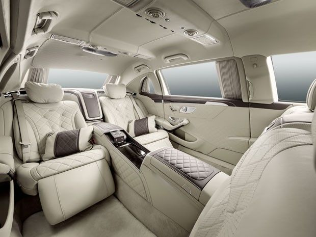Video of the interior of the 2016 Maybach Pullman. Seriously, this baby is SO my car! <3 <3 <3 https://www.youtube.com/watch?v=3OHmLyrkjmk