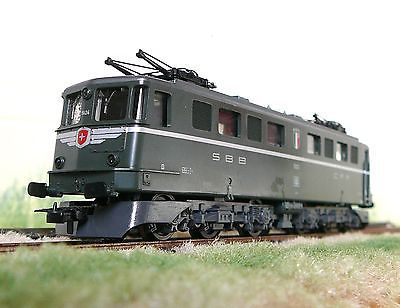 Lima  HO Electric  2 Rail DC   Locomotive SBB CFF #  208147 L
