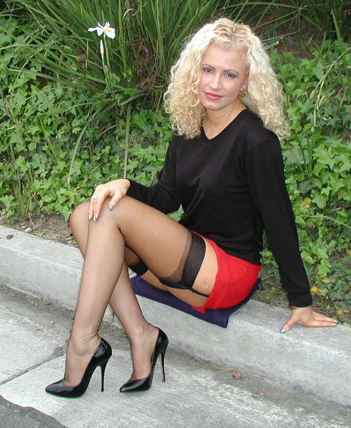 Pin On Passion Bas-Nylons-8003