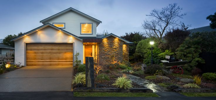 Owners Have Their Travel Plans Locked In   Harcourts Gold Real Estate