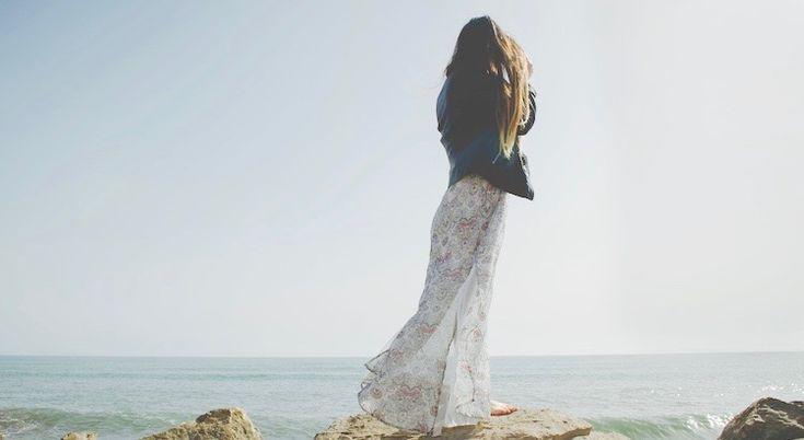 Arbeite, als würdest du das Geld nicht brauchen. Liebe, als hätte dich nie jemand verletzt. Tanze, als würde niemand zusehen. Singe, als würde niemand zuhören. Lebe, als wäre der Himmel auf Erden.  - Mark Twain