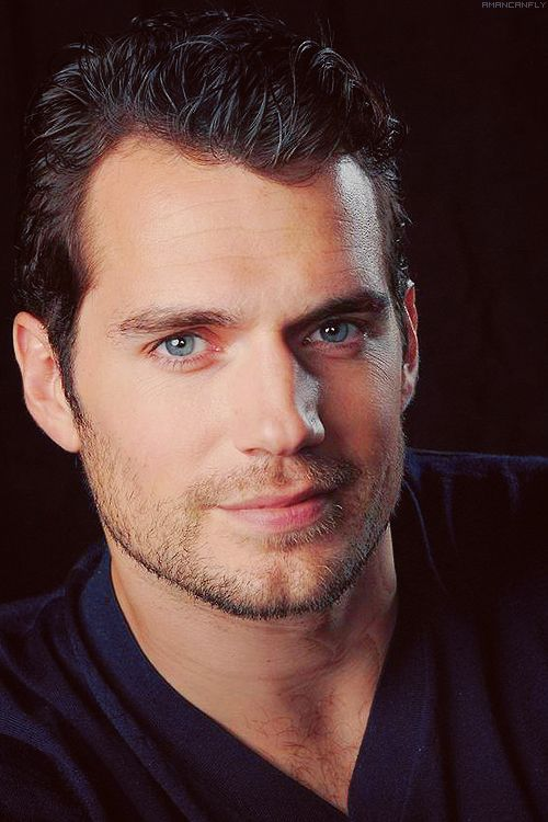 """""""The sexiest thing in the world is when a woman is genuinely herself and happy and confident, no matter what shape or size she is. Someone will find that sexy and that will be the right person for you."""" — Henry Cavill"""