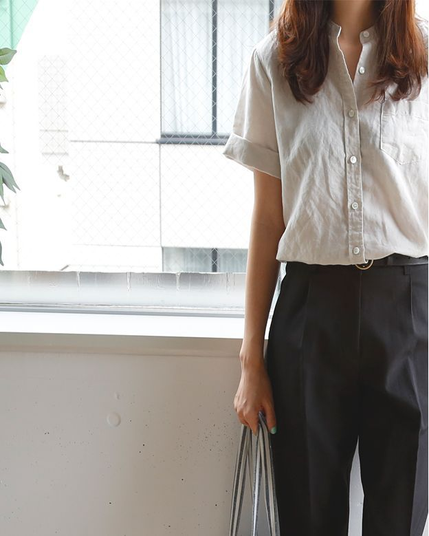 casual business #ootd button-down shirt + black trousers + black leather belt