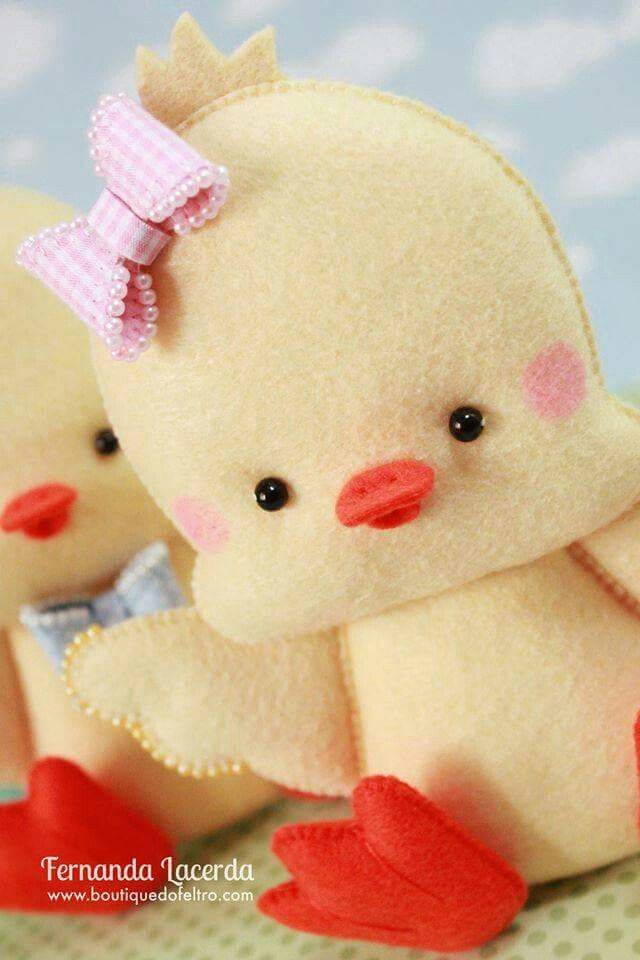 Baby Chick w/Bow on Head