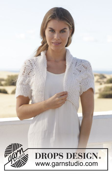 """Knitted DROPS bolero with cables and lace pattern in """"Brushed Alpaca Silk"""" and """"Alpaca"""". Size S-XXXL ~ DROPS Design"""