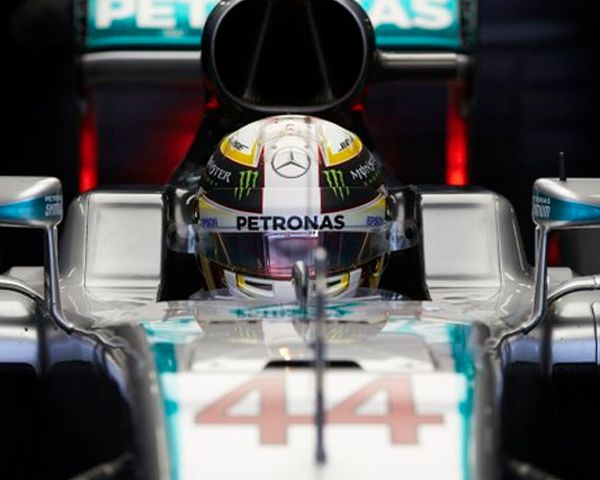 F1 News: Lewis Hamilton Considers Retirement After Dismal Season? - http://www.morningledger.com/f1-news-lewis-hamilton-retirement/1369633/
