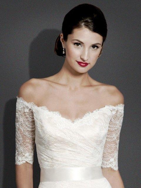 Modern Trousseau Aria Size 6 Wedding Dress – OnceWed.com
