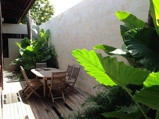 http://www.houzz.com/photos/3524610/Jimbaran-Bali-Indonesia-tropical-patio-other-metro