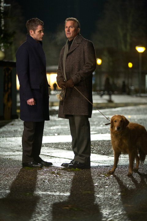 Still of Kevin Costner and Chris Pine in Jack Ryan: Shadow Recruit (2014)