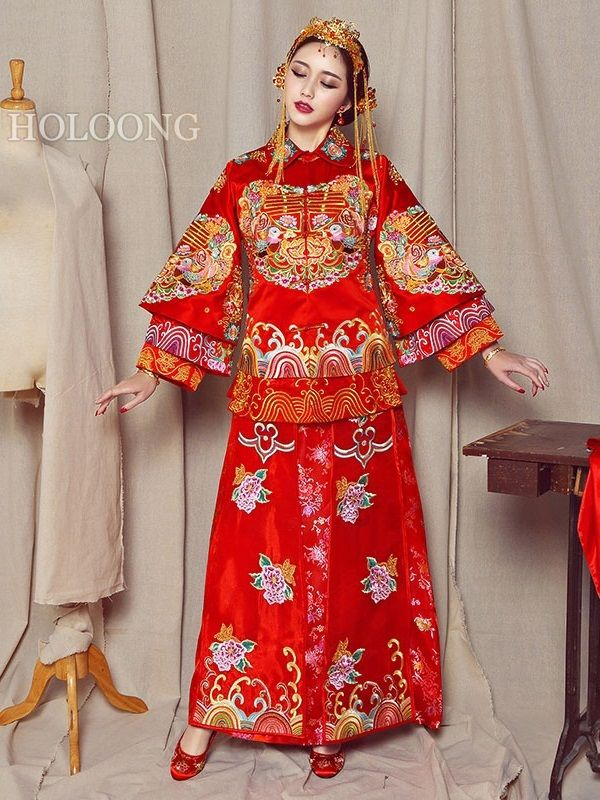 361e2728a 2019 的 Long-sleeves Embroidered Red Chinese bridal gown Marriage ...