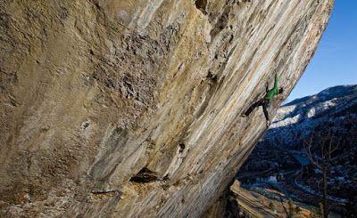 Mengenal lebih lanjut seputar panjat tebing extrem 2015