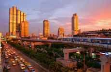 Thailandite.com offre guide turistiche e consigli di viaggio verso la Thailandia. Inoltre, riporta notizie ed informazioni, offerte per voli, hotel e sistemazioni per le tue vacanze in Tailandia. #Vacanze https://thailandite.com/