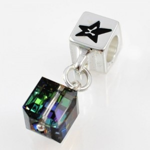 Charm with SWAROVSKI ELEMENTS crystal cube pendant Iridescent Rainbow Green, silver version http://store.lovya.net/letters-from-your-heart-lovya/330-charm-wiszacy-z-krysztalem-swarovski-elements-szescian-opalizujaca-ziele-rainbow-wersja-srebrna.html