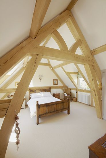 Large arched brace oak truss to master bedroom.