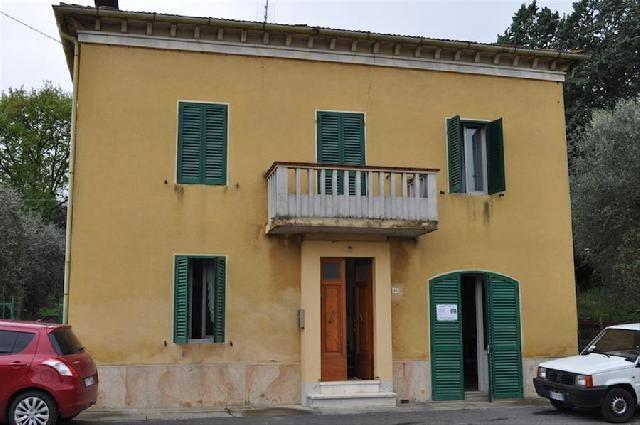 E138,000 finished 104316 House for Sale in CASTIGLIONE DEL LAGO (Perugia) Umbria - Gate-Away.com