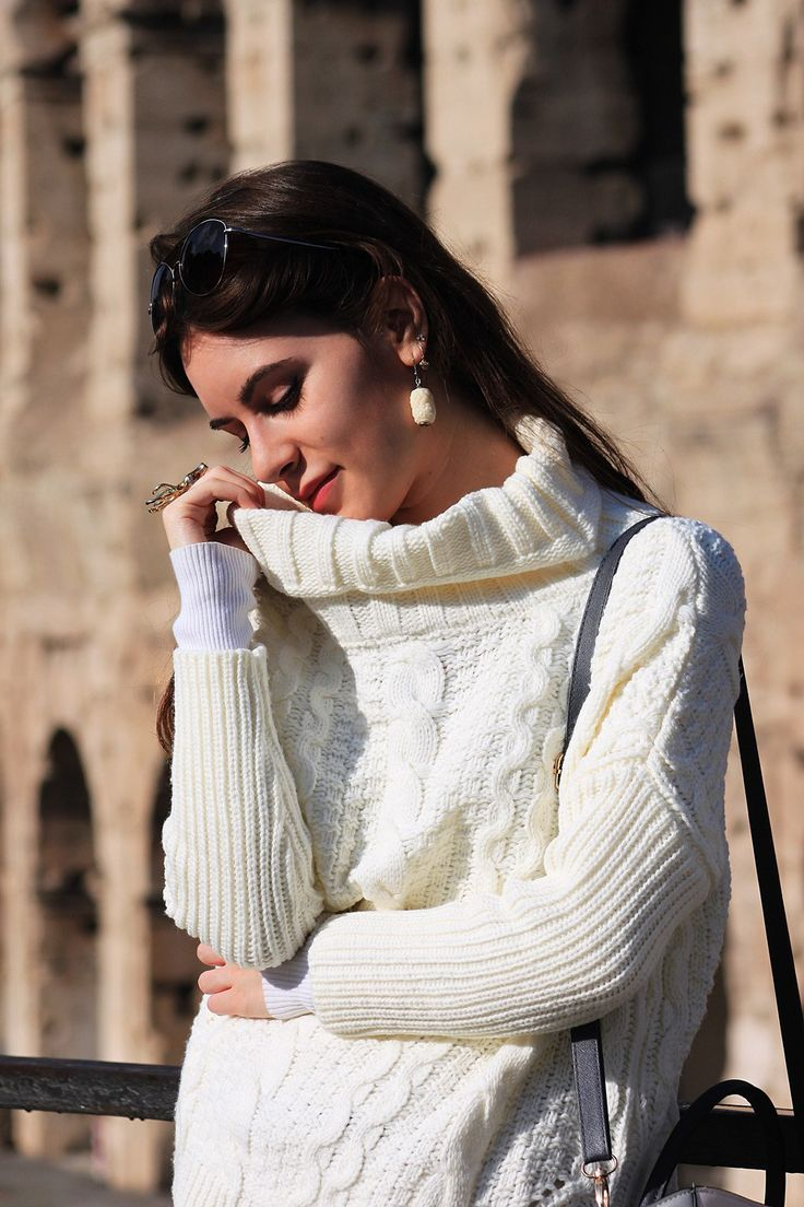 #dasynka #fashion #blogger #blog #shooting #model #sweater #white #rome #colosseum #shein #sunnies #bag #earrings #ring #deer #kristina #bazan #chiara #ferragni #primark #travel #glotrotter #hair #long #beautiful #accessories #tattoo #jewelery
