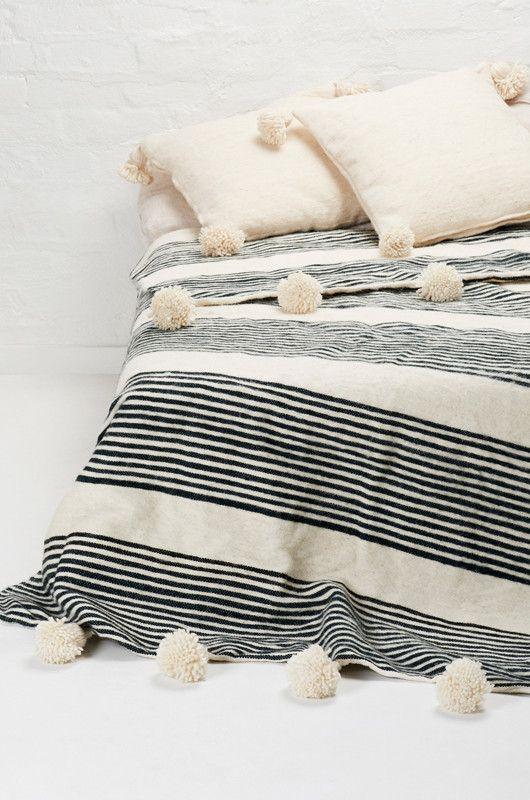 Moroccan Woollen Pom Pom Blanket