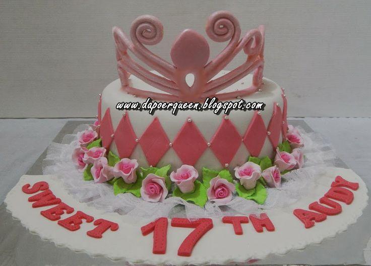 Dapoer Queen: Crown cake
