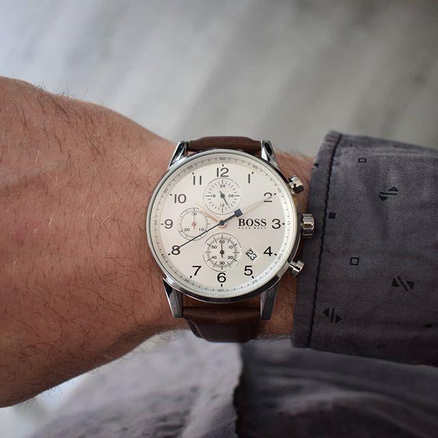Entdecke Die Vielfalt An Hugoboss Uhren In Unserem Onlineshop Myrich De Wir Freuen Uns Auf Deinen Besuch Unter Www Hugo Boss Wildleder Leder