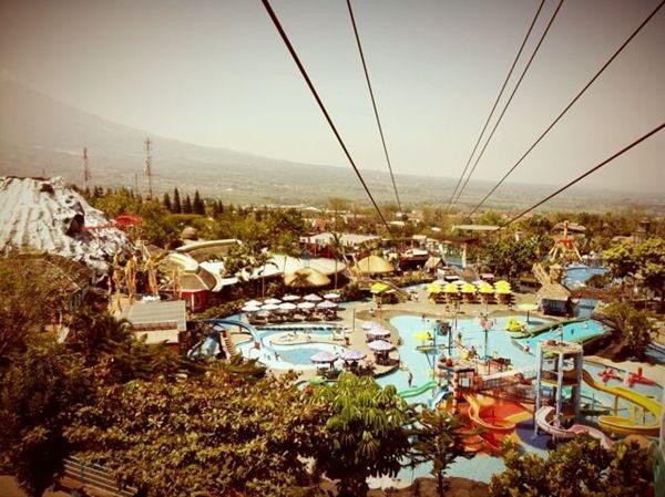 View from top Jatim park 1. Salah satu objek wisata yg bisa dijadikan alternatif /via @teopuspito