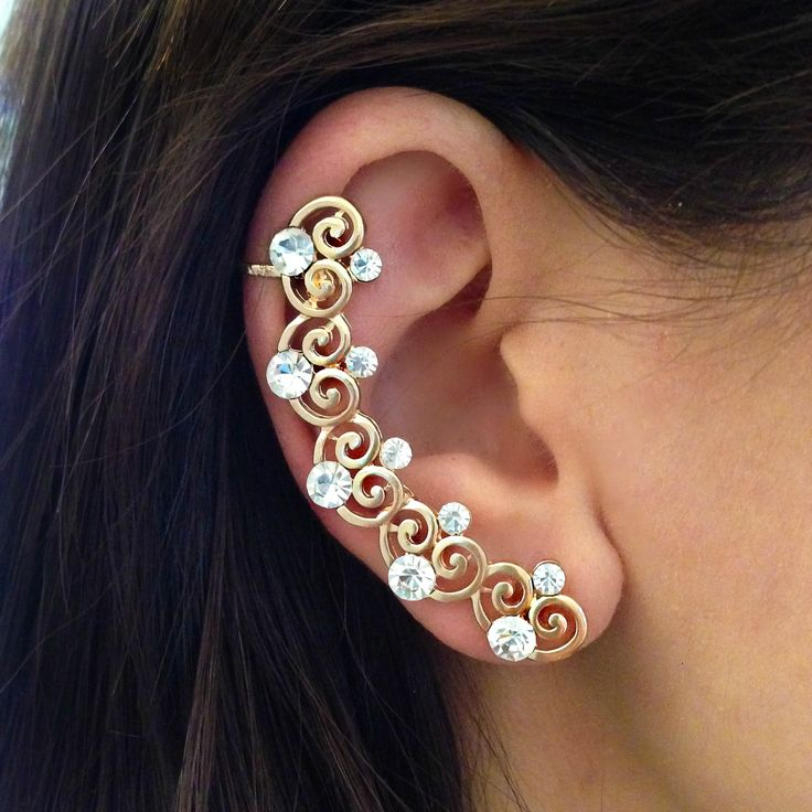 Amore Crystal Ear Cuff <span class='money'>$6</span>