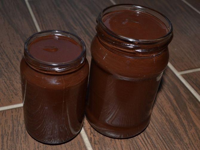 házi nutella (dióból is lehet készíteni mogyoró helyett)