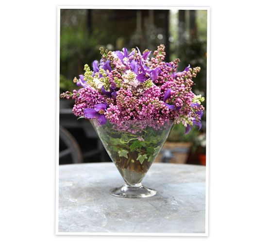 how to prolong cut flowers in a vase
