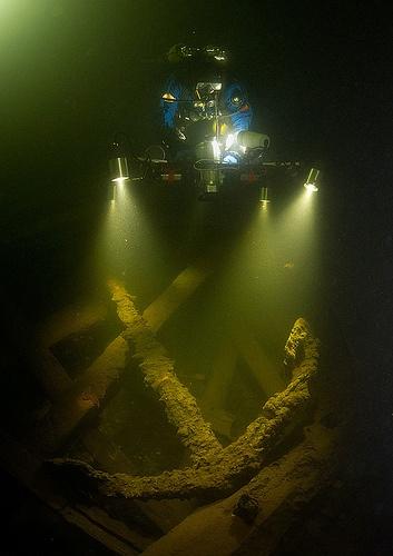 underwater anchor