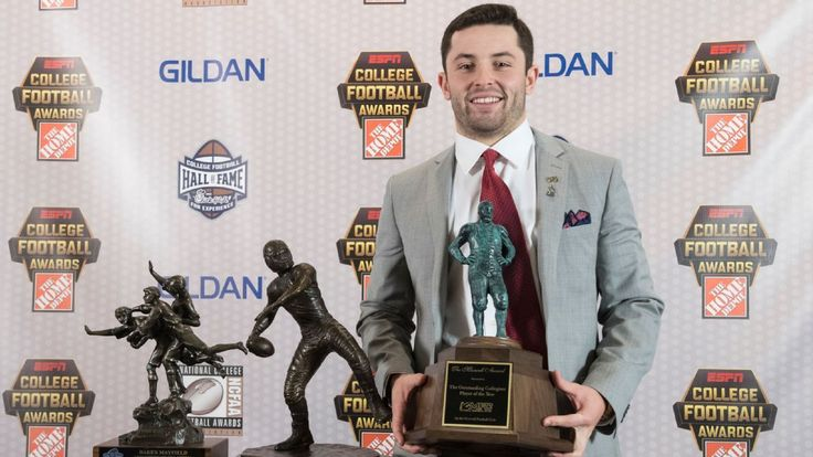 2017 College Football Awards: Baker Mayfield takes Davey O'Brien, Maxwell Awards - ESPN
