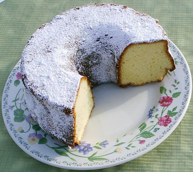 Ciambella (Northern Italian lemon cake, using milk, butter and Pane degli Angeli; flavored with lemon zest)
