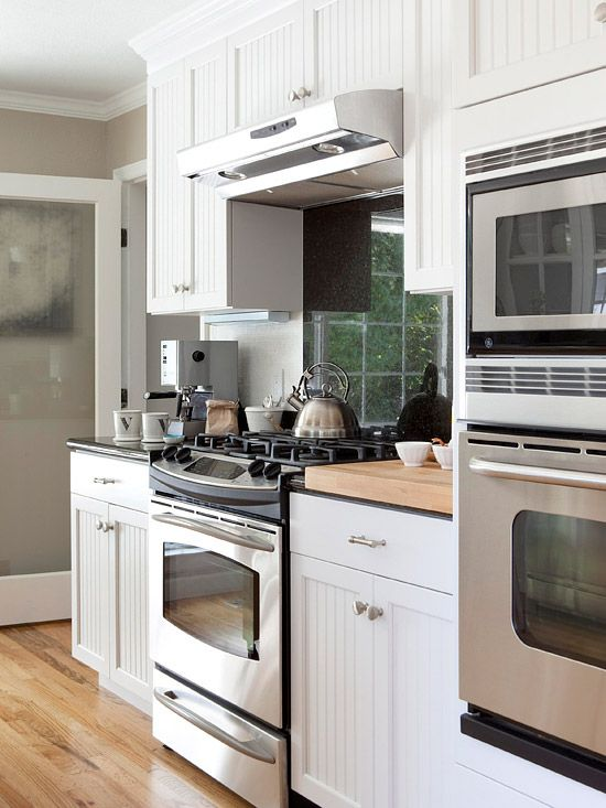 The combination of a slide-in range and a wall oven-microwave unit offers plenty of cooking and baking power, especially useful for entertaining and hosting guests.