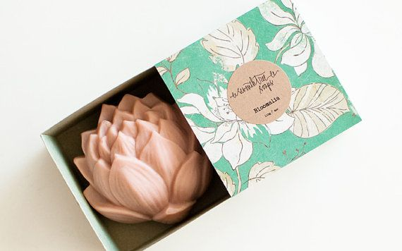 Approximate weight: 115g / 4oz Approximate size: 7cm x 7cm x 3.5cm / 2.75 x 2.75 x 1.5  PHILOSOPHERS WALK - Cherry Blossom Soap Lotus Flower