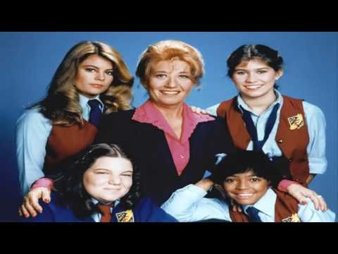 'Facts Of Life' Star Charlotte Rae Reveals Cancer Diagnosis At 91 - WATCH THE VIDEO.    *** cancer diagnosis by age ***   Charlotte Rae has revealed to PEOPLE magazine that she has been diagnosed with bone cancer at age 91. Video credits to the YouTube channel owner
