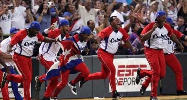 Comisionado del béisbol cubano: Cuba podría estar gradualmente en las Grandes Ligas
