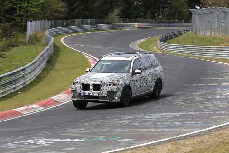 BMW X7 caught testing on the Nurbergring in April 2017