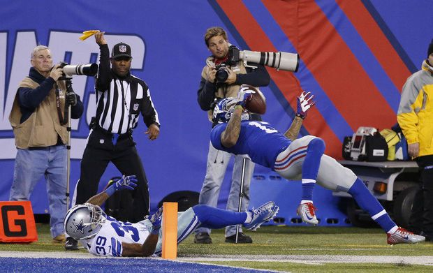 New York Giants' Odell Beckham Jr. Makes Catch of the Year (VIDEO)