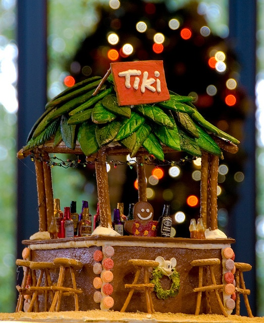 Gorgeous gingerbread tiki bar, cutest thing ever!