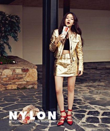 ▶김유정,고아성◀ 나일론 10월호를 통해 아역배우에서 성장하고있는 두 여자 배우의 다채로운 매력을 뽐낸 패션화보 공개! : 네이버 블로그