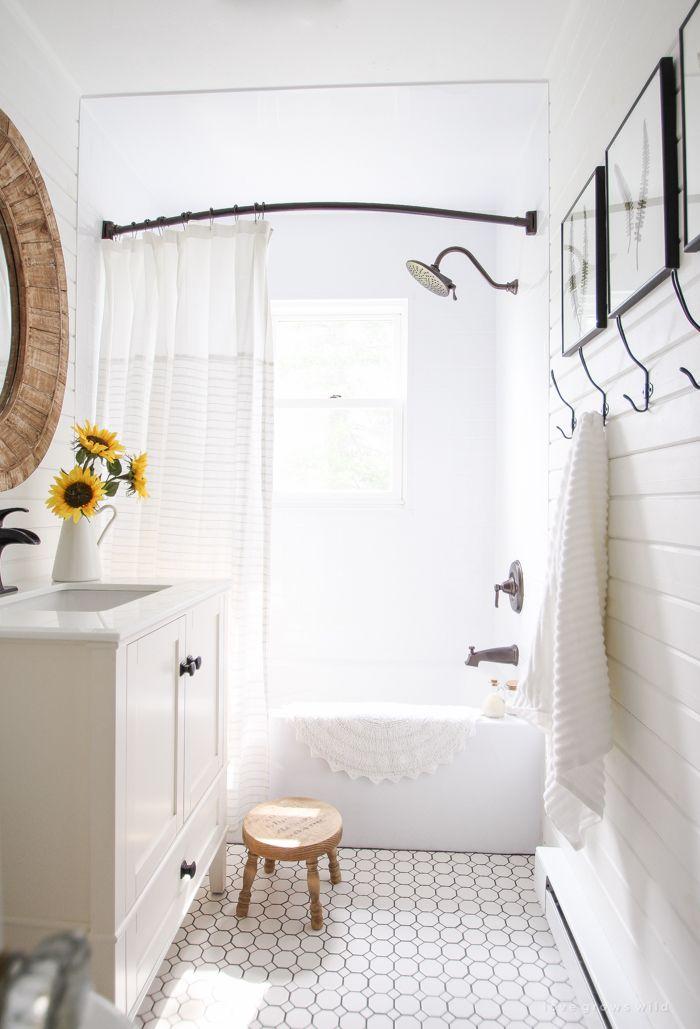 15 must see old farmhouses pins rustic farmhouse for Summer bathroom decor