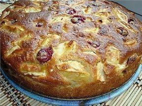 Prăjitură cu mere și vișine. Suntem siguri că nu ați mai gustat așa deliciu! - Bucatarul.tv