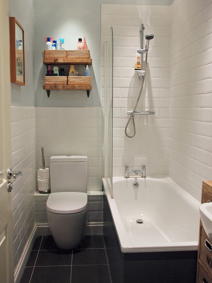 Small Bathroom - nice tub and tiles