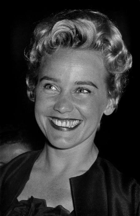 Ara Guler  FRANCE. 10th Cannes film festival. 1957. Austrian actress Maria SCHELL.  http://www.magnumphotos.com/C.aspx?VP3=SearchResult_VPage=2K1HZOCP4Y9AW#/SearchResult_VPage=2K1HZOCP4Y9AW=12
