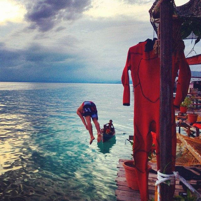 Don't you love it when your daily uniform is a wetsuit? #MeetTheWorld