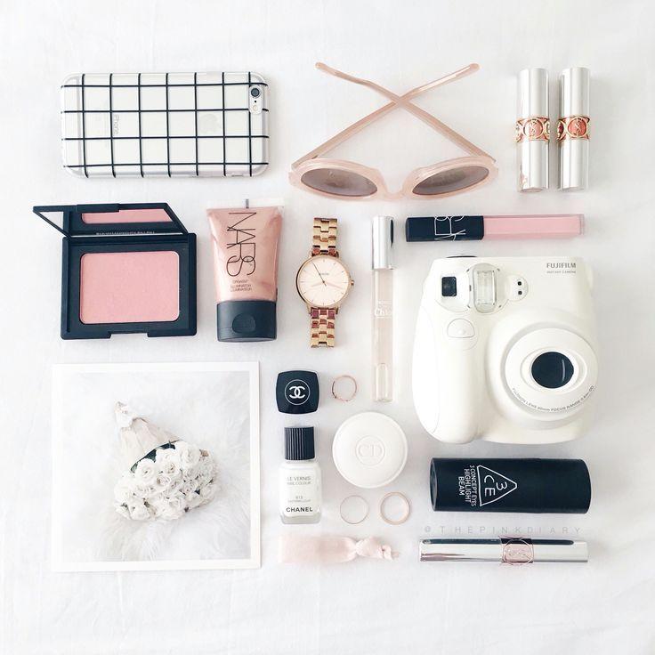 think pink Pinterest / @T A S H